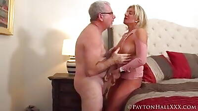 Tanned MILF with a waxen wristwatch gets fucked