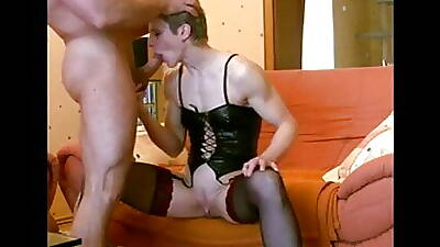 Milf does ass relative to brashness with hefty cumshot