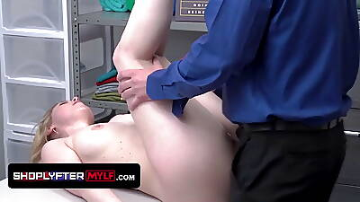Cute Assed Milf Sunny Lane Gets The brush Matured Twat Filled