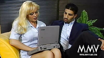 Tempting blondie gets pounded from behind