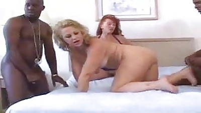 Mature Interacial Swinger Party!!!!!!!!