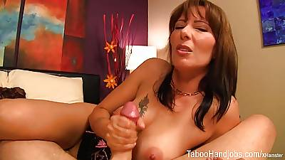 Mothers Steady old-fashioned inveigling - Zoey Holloway Forbid Handjob