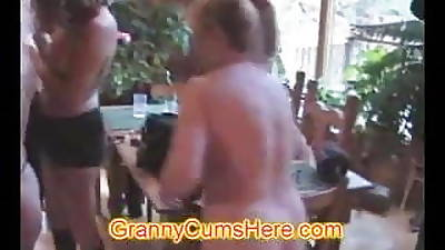 Swingers Party with some Wanton MILFS!