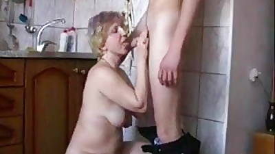 Fianc� my Stepfather in be transferred to Kitchen
