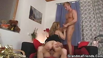 Cocksucking mama is riding cock