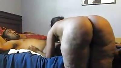 Thick Black MILF Riding Detect