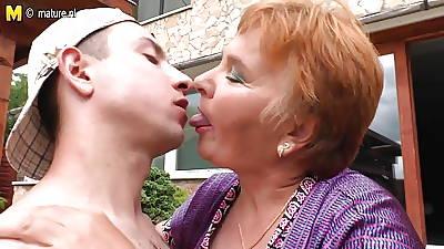 Old granny fucks the brush toy boy