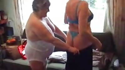 Team a few Grannies Try Out their Toys