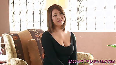 Busty japanese milf enjoys deepthroating after toy pretend