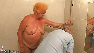 Amateur mature - tiro mature - tiro mature shower gran