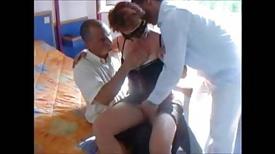 Cuckold Federate with Strangers