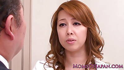 Mature lez Japanese business lassie queens pamper