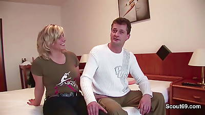Female parent and Dad in First Time Privat Porn Casting be required of Money