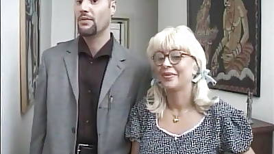 What is the Decorate of Italian Milf Pornstar