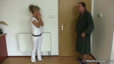 She spreads the brush legs for his grey parents