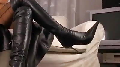 Hot Incomprehensible Teasing In Leather plus High-Heel Waitress