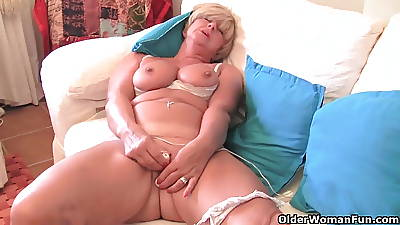 Granny with chunky tits masturbates with her intercourse toy collection