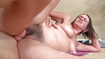 Hairy babe Veronica Snow gets her pussy worked in foreign lands