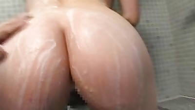 Japanese MILF Famous A Blow Job In The Shower