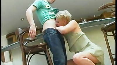 cum swallow mom videos
