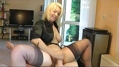 Hot Blonde Cougar heels and stockings gives a on the mark be stretched out job!