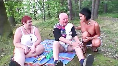 BBW Granny having enjoyment in dramatize expunge forest