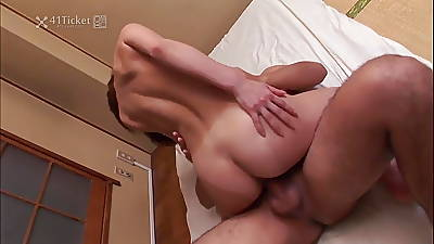 Japanese Cougar Sayori Mizusawa (Uncensored JAV)