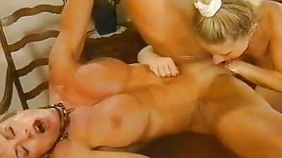 bodybuilders big clit fisting and anal fuck