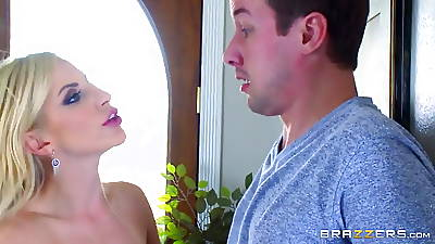 Brazzers - Milf Ashley Fires takes yowl her daughters impoverish