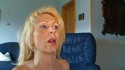 Pretty beauteous MILF anal with the addition of facial