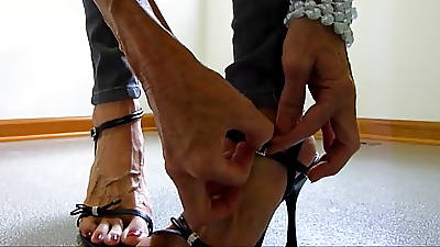 skinny pants bare infrastructure sole tease