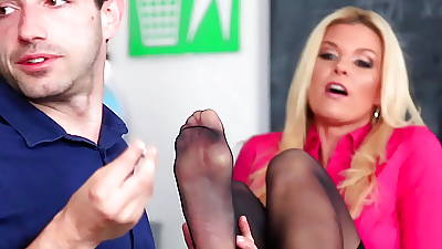 LoveHerFeet - Unobtrusive Nearby India Summer