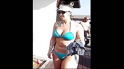 Bikini's in Bali