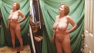 Super mature hottie strips for you