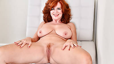 American milf Andi James dips say no to fingers into say no to ass