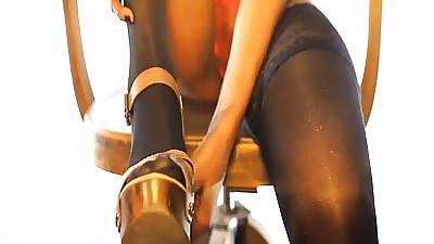 Trotters & Scornful heels ...