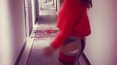 Sprog take tight skirt:-))