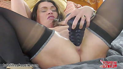 MILF plays with huge octopus palp sex toy