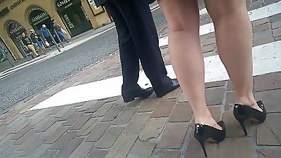 So sexy limbs with an increment of heels
