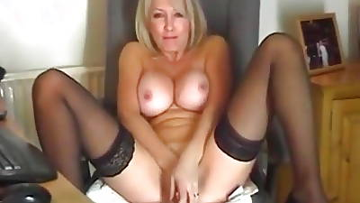 Slow My MILF Take charge shaved grown-up amateur carrying-on respecting toy