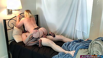 Stepmom is horny added to can't find her mating toy